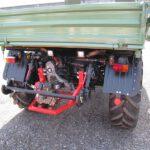 Unimog U900 mit Wasserpumpe an Zapfwellenverlagerungsgetriebe