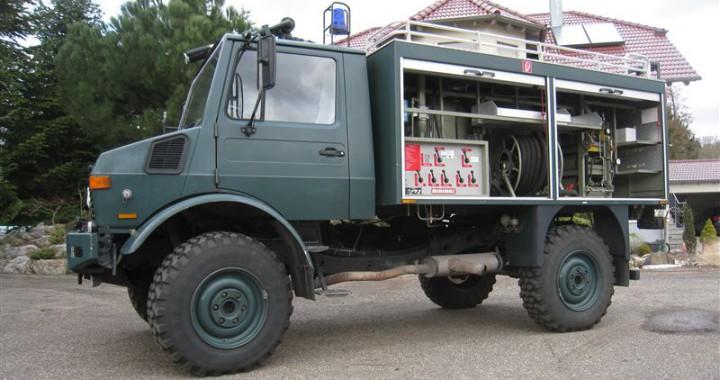 Unimog U1300L L-37 (1)