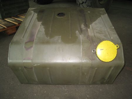 Unimog U435 Tank